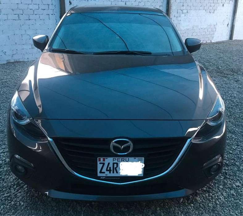 Mazda Mazda 3 2015 - 18053 km