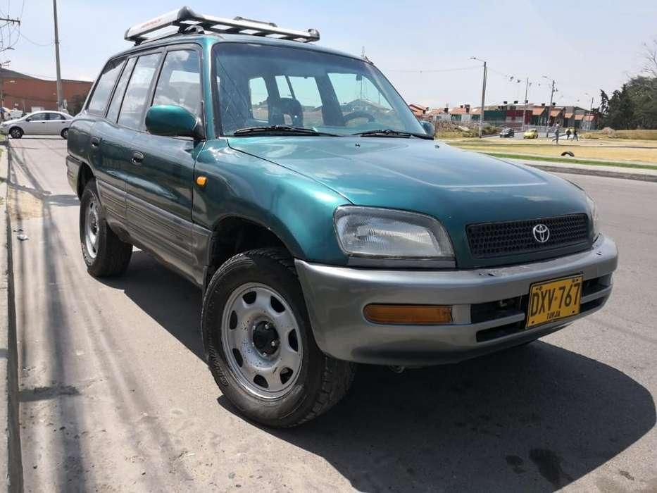 Toyota RAV4 1997 - 250000 km