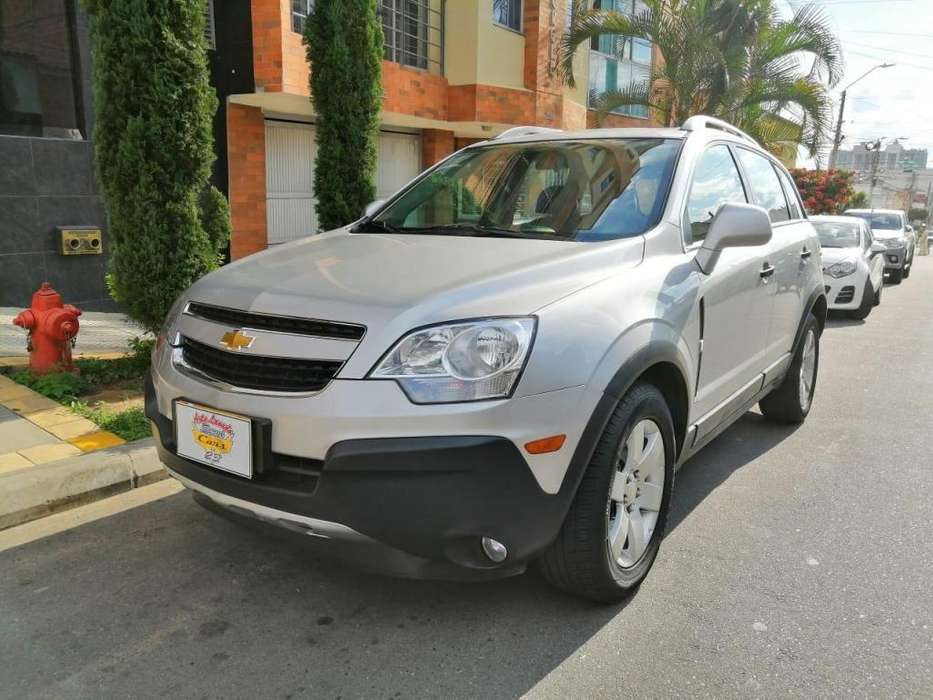 Chevrolet Captiva 2011 - 50000 km