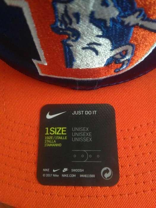 Vendo Gorra Nike