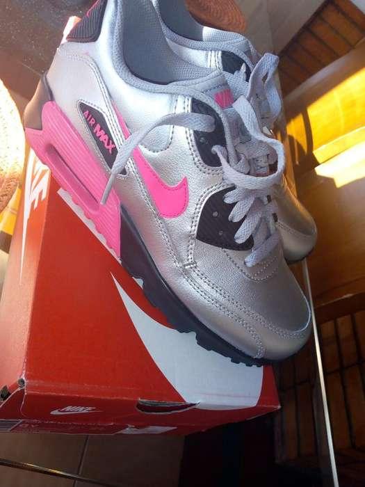 Originales Vendo Tenis Nuevos Nike