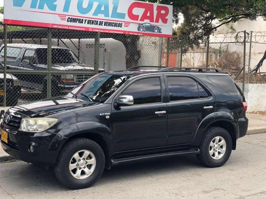 Toyota Fortuner 2011 - 131000 km
