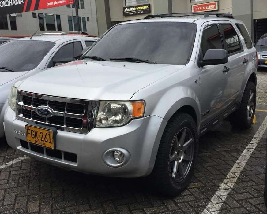 Ford Escape 2008 - 140000 km