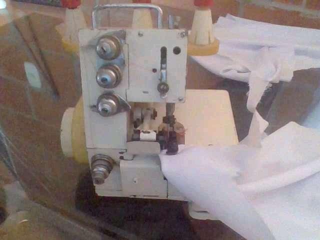 Mquina de coser dileteadora