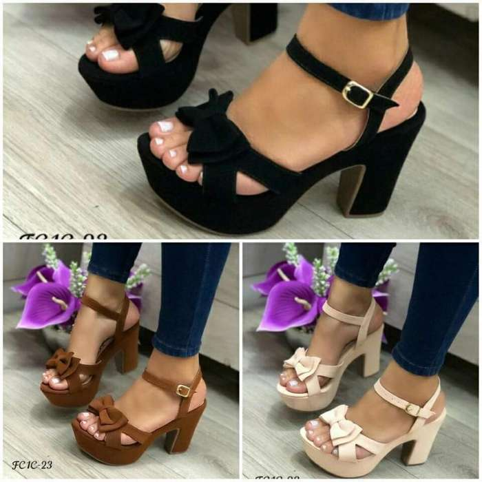 7858d1c3 Vendo <strong>calzado</strong> de Mujer