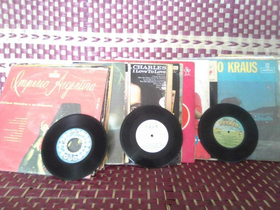 Vendo discos de vinilo. Long play de 75 y discos de 45 revoluciones