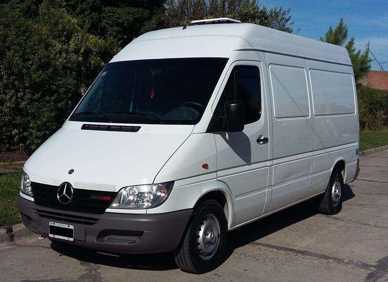 MercedesBenz Sprinter 313 CDI 2003 aire, dirección, levanta vidrios eléctricos