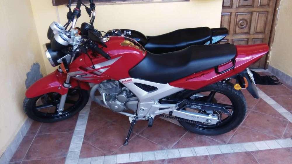 VENDO HONDA CBX TWISTER 250