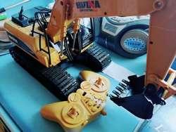 Excavadora Huina 1550 a Radio Control