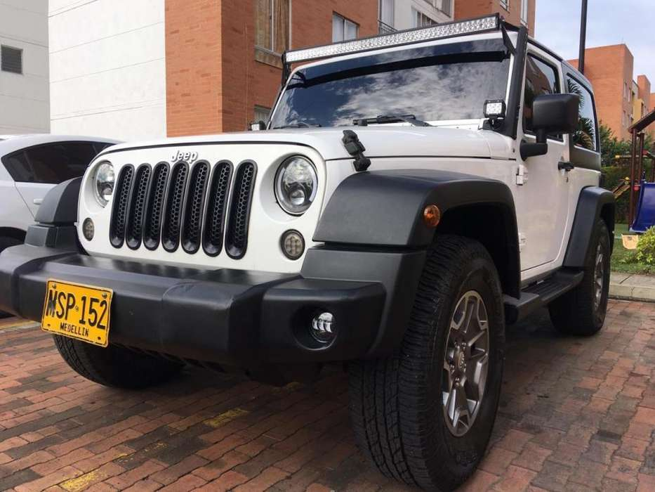 <strong>jeep</strong> Wrangler 2012 - 104000 km