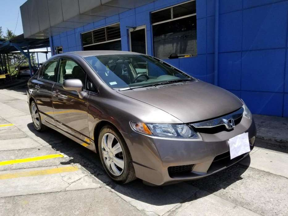 Honda Civic 2010 - 68491 km