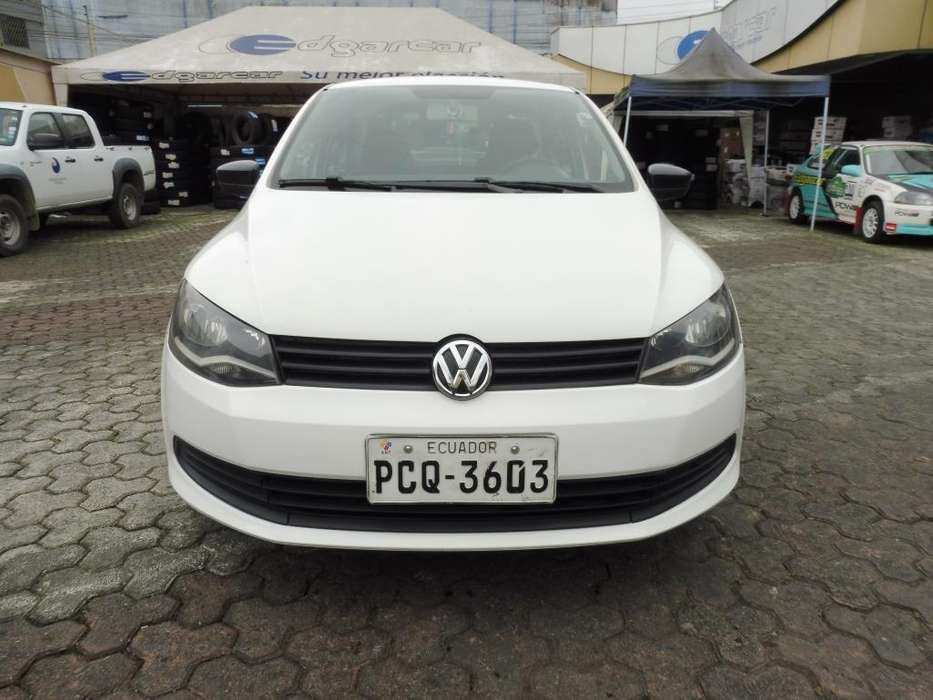 Volkswagen Voyage 2015 - 95000 km