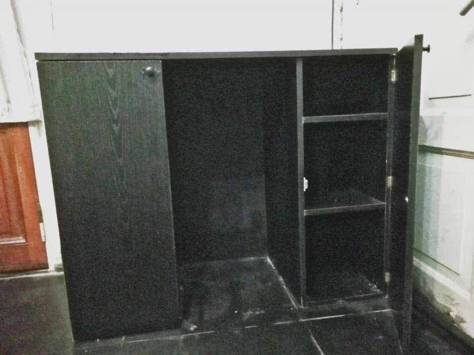 Cómoda Dos Puertas Color Negro
