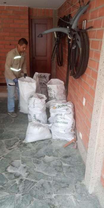 Escombros Itagui Al Instante Los Rapidos