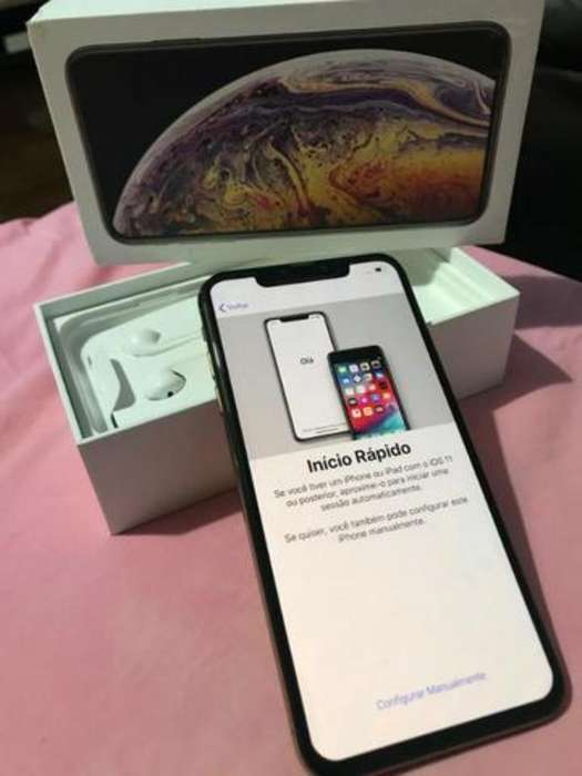 iPhone Xs con Todos Sus Accesorios