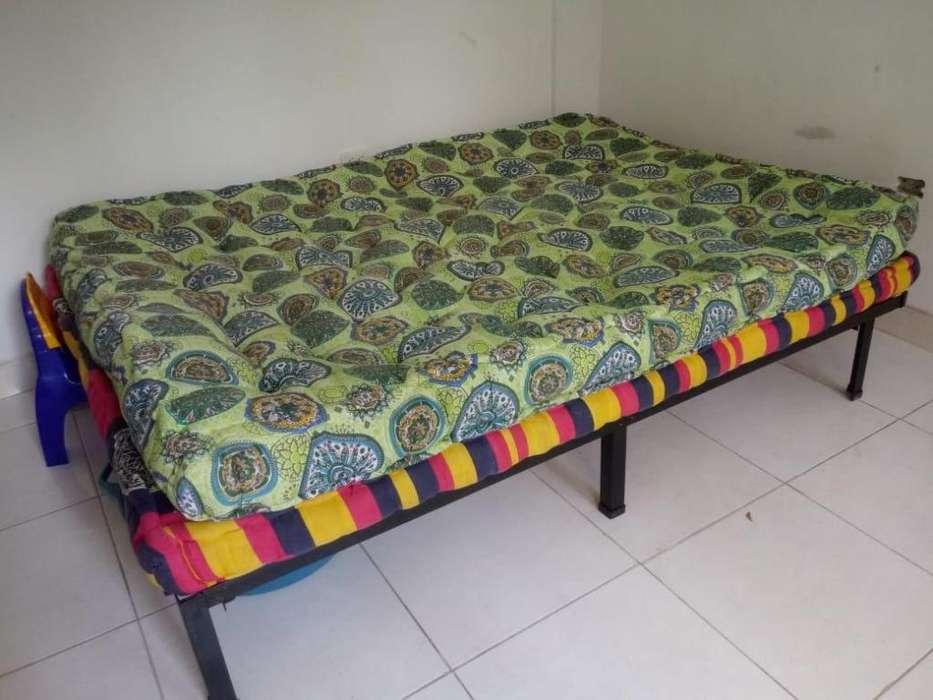 base de cama metalica