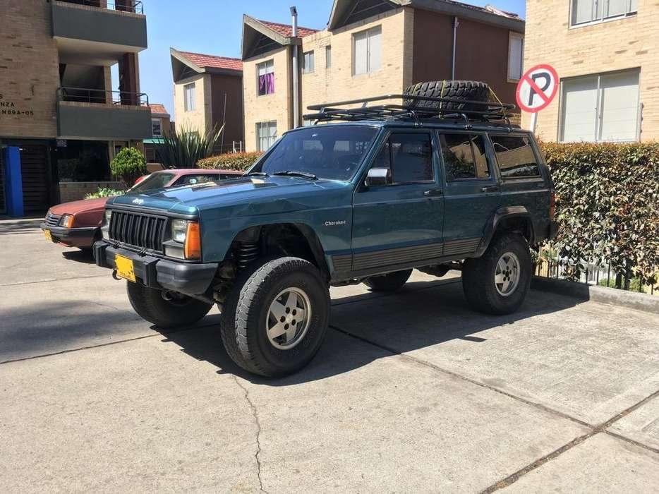 JEEP Cherokee 1995 - 214000 km