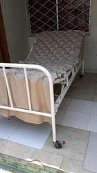 Cama de Hospital Y Colchon Antiescaras