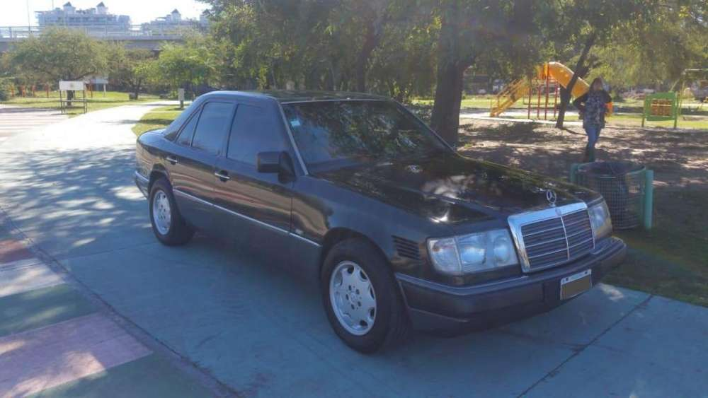<strong>mercedes-benz</strong> 250 1991 - 330000 km