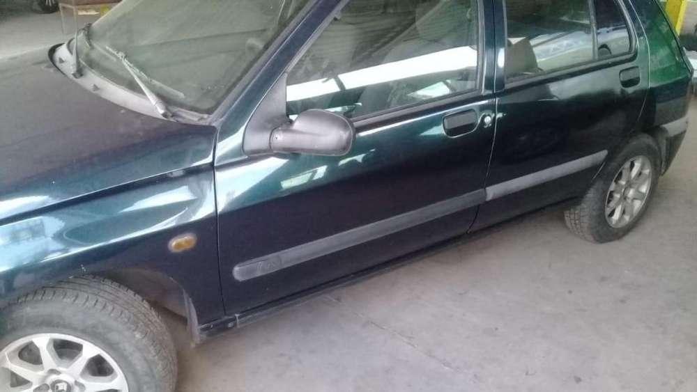 Renault Clio  1998 - 111000 km