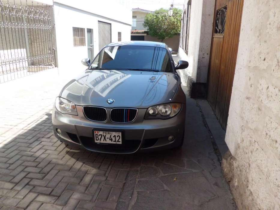 BMW 116i 2011 - 49200 km