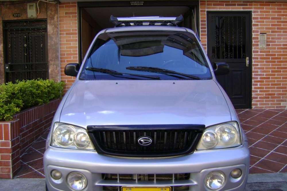 Daihatsu Terios 2005 - 215000 km
