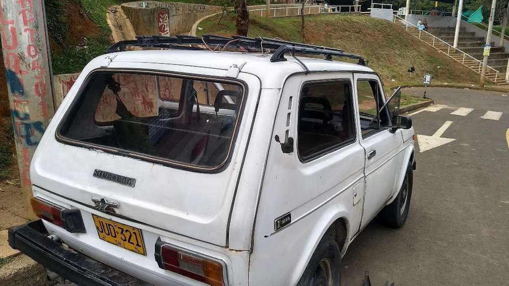 <strong>lada</strong> Niva 1981 - 1000 km