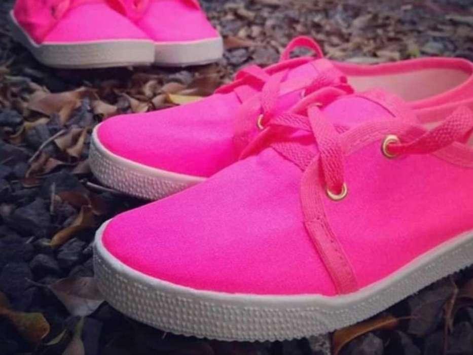 Zapatillas de Damas Nuevas