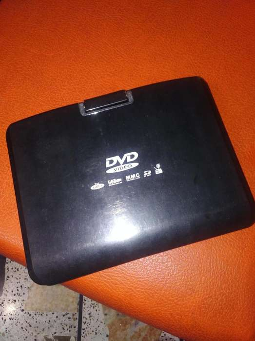 DVD PORTATIL CON PANTALLA Y TV USB