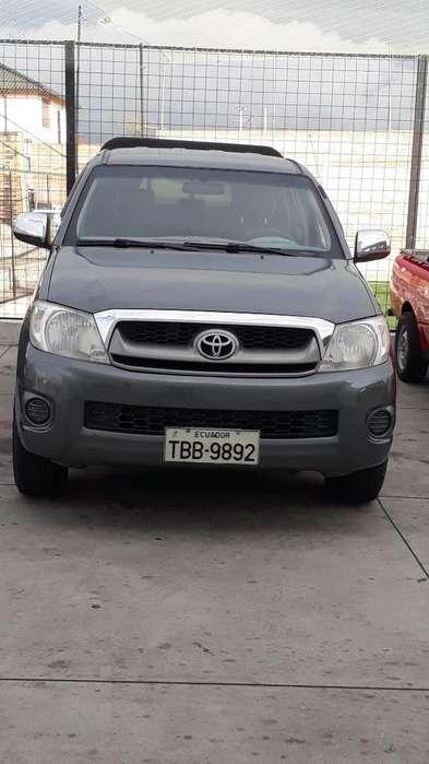 Toyota Hilux 2011 - 145400 km