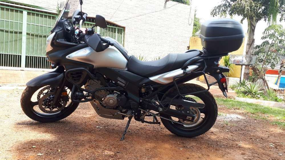 Impecable <strong>suzuki</strong> Vstrom 650 Dl Abs 2016