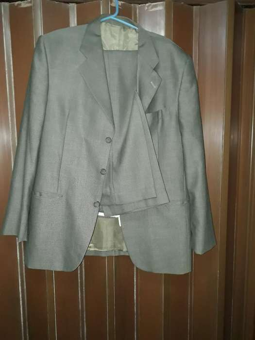 Vendo <strong>traje</strong> Impecable