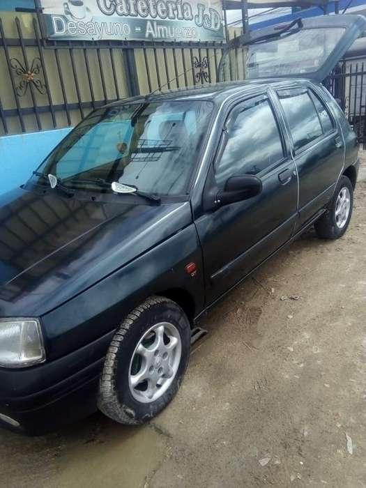 Renault Clio  1998 - 126000 km
