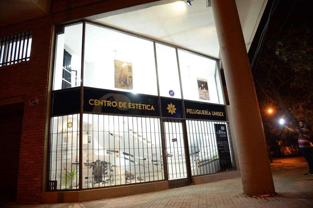 VENDO FONDO DE COMERCIO PELUQUERÍA / CENTRO DE ESTÉTICA