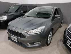 Ford Focus 5p Se Plus Power