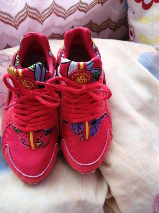 Nike Huarache Talla 29