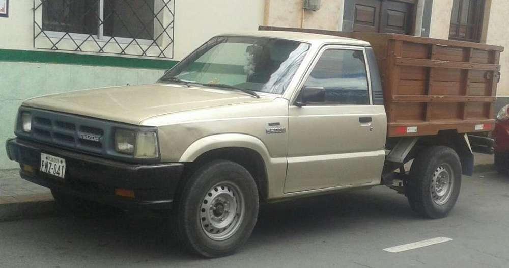 <strong>mazda</strong> B 2200 1994 - 30000 km