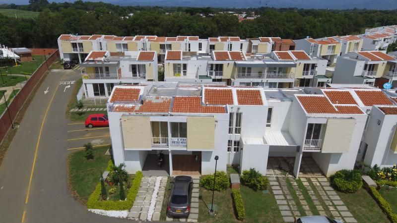 Casa Condominio En Venta En Jamundi Las Acacias Del Castillo Cod. VBINH-768