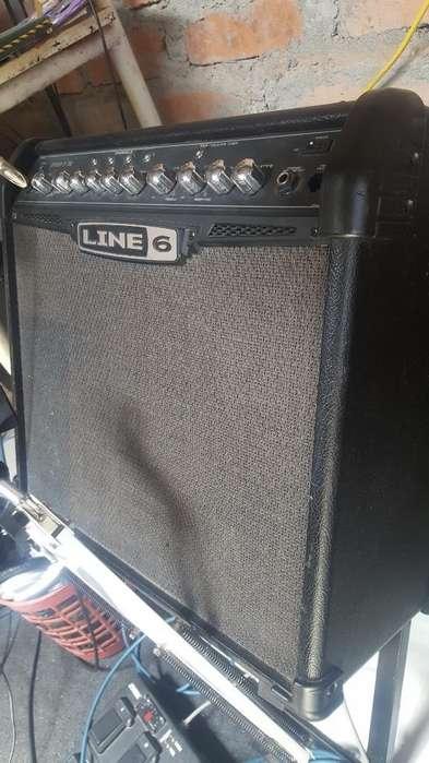 Amplificador D Guitarra Line 6 Spider Iv