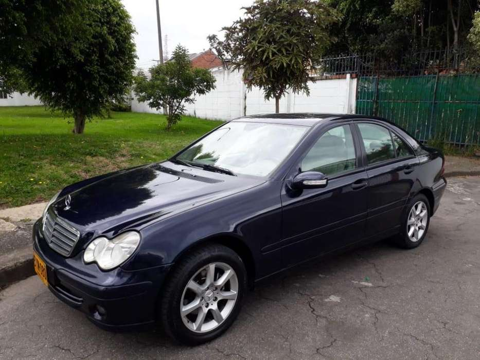 <strong>mercedes-benz</strong> Clase C 2007 - 99000 km