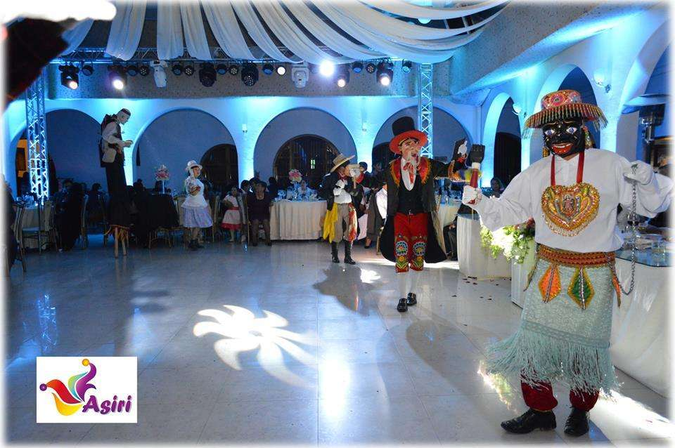 Show's y Hora Loca en Cusco ASIRI