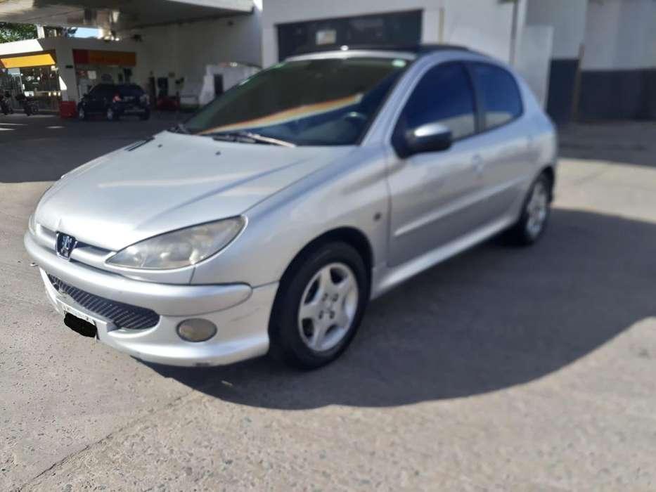 Peugeot 206 2008 - 120000 km