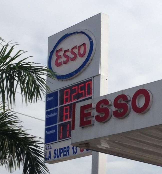 Tablero de Precios Cumbustible para Eds