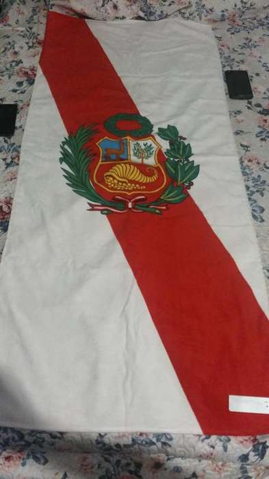 toalla peru tipo bandera