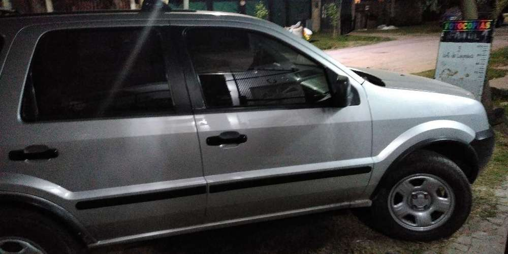 Ford Ecosport 2003 - 240000 km