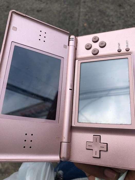 Nintendo Ds Lite sin Cargador Un Juego