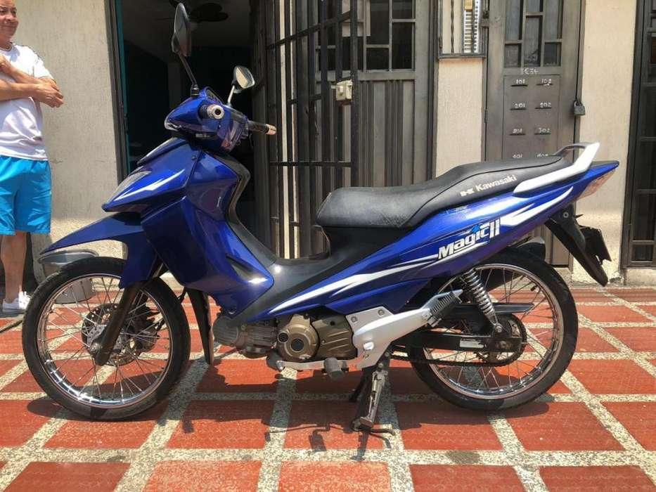 Moto magic 2 <strong>kawasaki</strong> modelo 2011 al dia