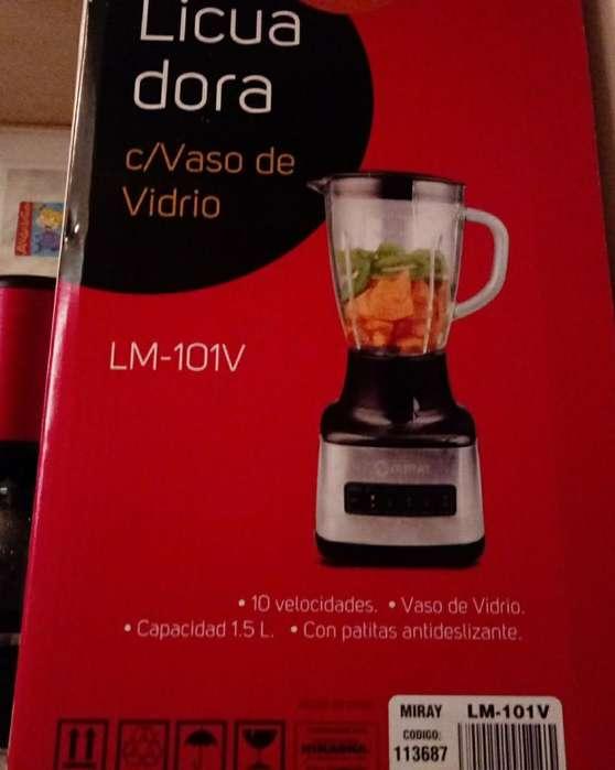 Licuadora Miray con Vaso de Vidrio Nueva