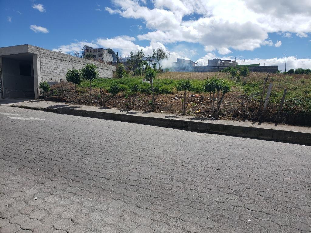 Venta 1.143 M2 La Victoria Sur de Quito