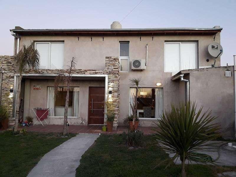 Millennium Propiedades - Vende Impecable Casa. Villa Aurora